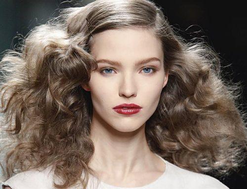 El mejor tratamiento para el pelo encrespado